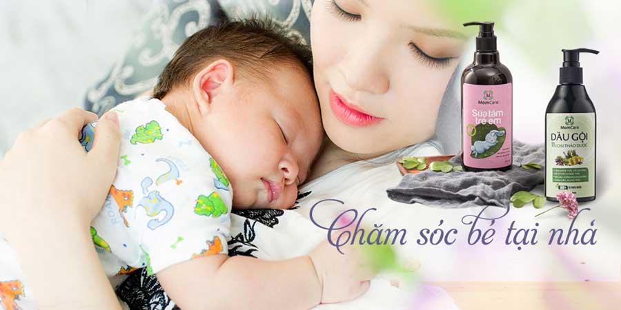 Chăm sóc mẹ và bé